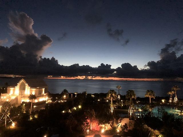 ホテルモントレ沖縄の夜景