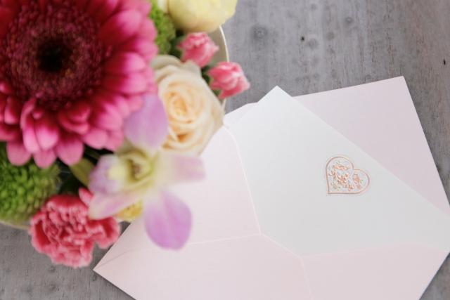 メッセージと花